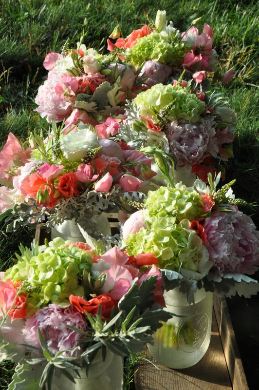 more peonies, godetia, and sweet peas for 7 maids
