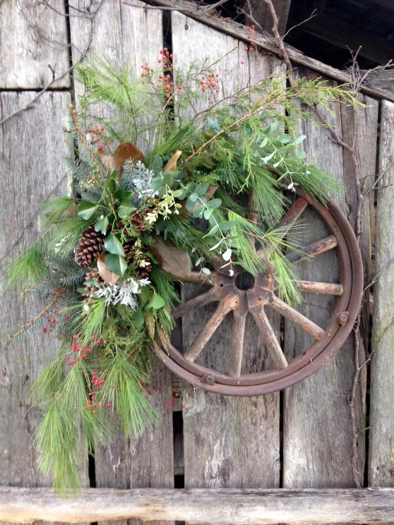 iron wheel wreathJPG